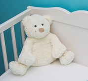 baby crib with bear