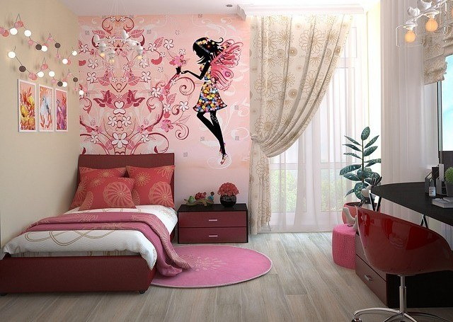 Girl's bedroom in pink